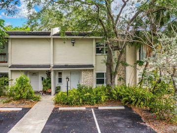 6217 SW 78 Street #2B, South Miami, FL, 33143,