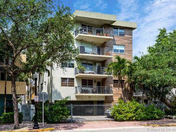 220 Washington Ave #5C, Miami Beach, FL, 33139,