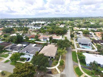 1090 Redbird Ave, Miami Springs, FL, 33166,