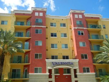 6001 SW 70th St #224, South Miami, FL, 33143,