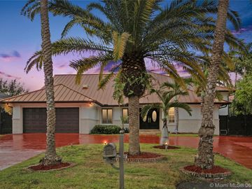 9724 NW 27th Ter, Doral, FL, 33172,