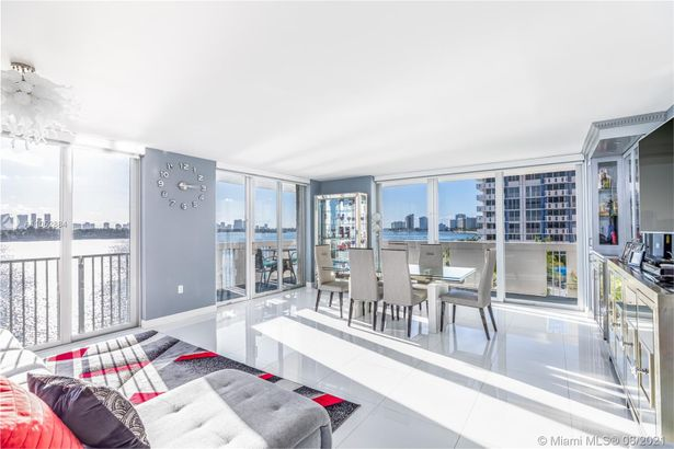 800 West Ave #511