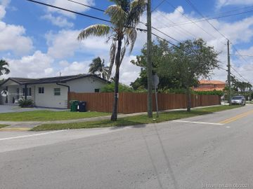 709 SW 106th Ave, Sweetwater, FL, 33174,