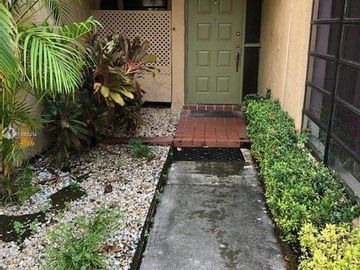 1491 NW 94th Ave #238, Pembroke Pines, FL, 33024,