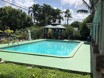 10500 SW 42nd Ter, Miami, FL, 33165,