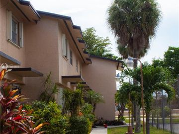 110 SW 108th Ave #H8, Sweetwater, FL, 33174,