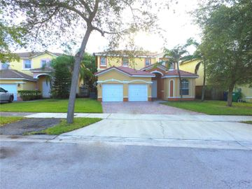24546 SW 108 pl, Unincorporated Dade County, FL, 33032,