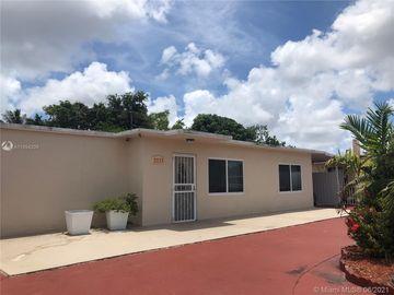 1531 E 9 CT, Hialeah, FL, 33010,