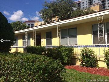 7 Santillane Ave #2, Coral Gables, FL, 33134,