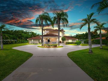 10800 SW 67th Ave, Pinecrest, FL, 33156,