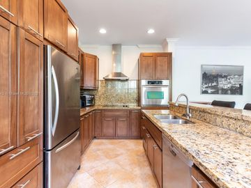 621 SW 7th Ave #2, Fort Lauderdale, FL, 33315,