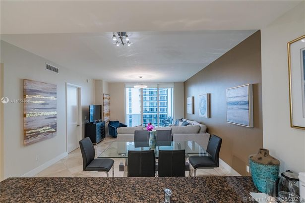 16001 Collins Ave #2602