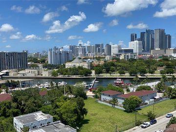 36 NW 6th Ave #PH 7, Miami, FL, 33128,