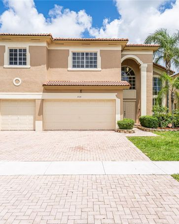 2126 NE 38th Rd Homestead, FL, 33033