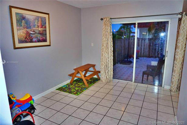 20905 SW 84th Ave #20905