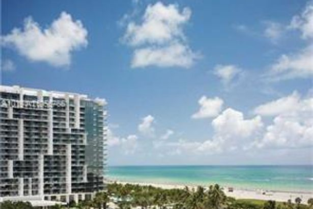 2201 Collins Ave #330