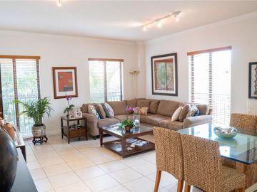671 Biltmore Way #203, Coral Gables, FL, 33134,
