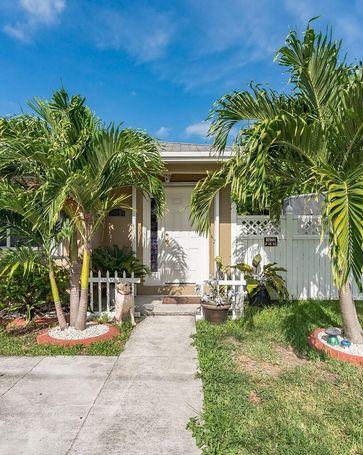 21831 SW 111th Ave Miami, FL, 33170