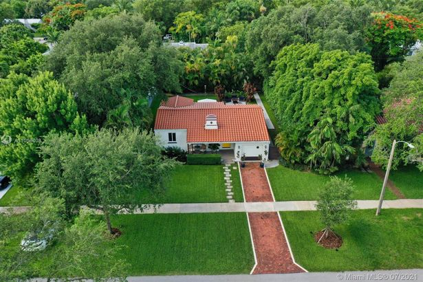 68 NW 97th Street