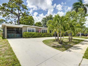 1711 SW 22nd Avenue, Fort Lauderdale, FL, 33312,
