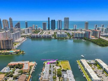 3999 NE 167th St #6, North Miami Beach, FL, 33160,