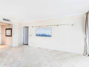 4779 Collins Ave #3006, Miami Beach, FL, 33140,