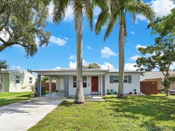 6829 SW 11th St, Pembroke Pines, FL, 33023,