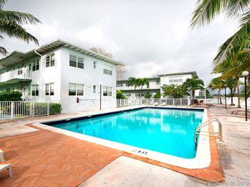 7207 Bay Dr #12, Miami Beach, FL, 33141,