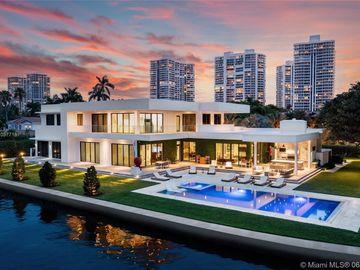660 N Island Dr, Golden Beach, FL, 33160,