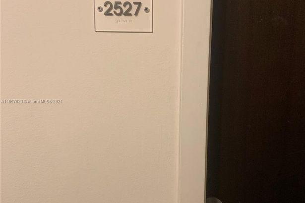 690 SW 1st Ct #2527
