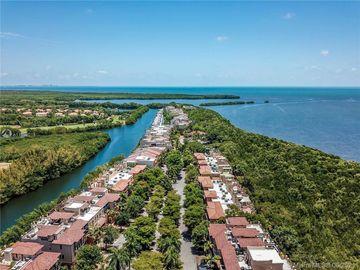 6147 Paradise Point Dr #6147, Palmetto Bay, FL, 33157,