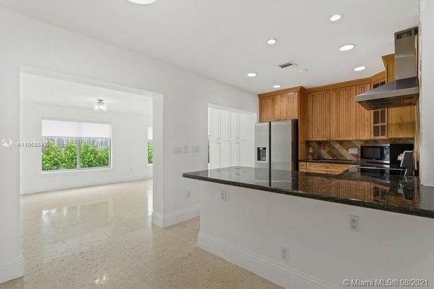 265 Glenridge Rd