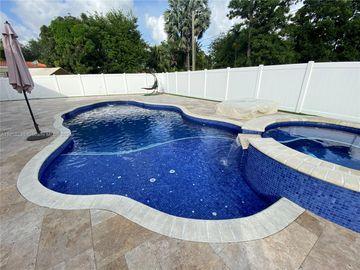 30 Bentley Dr, Miami Springs, FL, 33166,