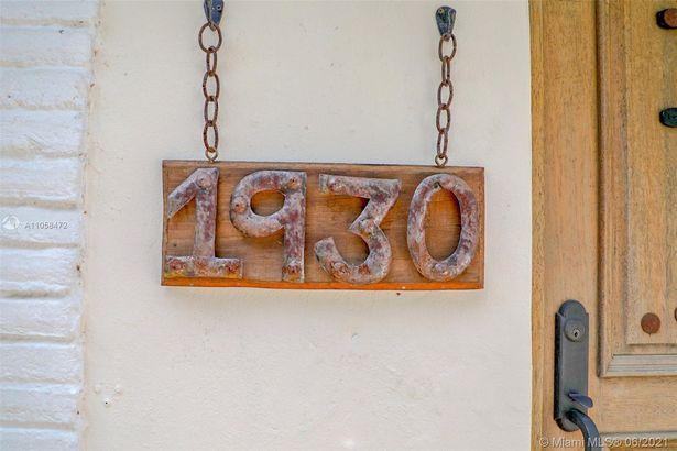 1930 SW 23rd Ter