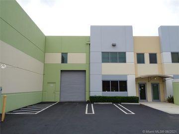 5401 N Haverhill Rd #106, West Palm Beach, FL, 33407,