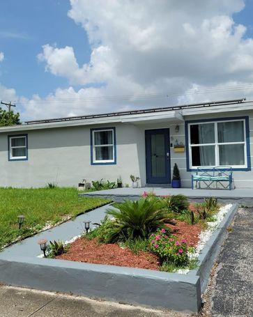 540 N 69th Way Hollywood, FL, 33024