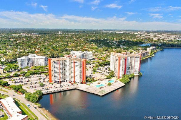 1351 NE Miami Gardens Dr #505E