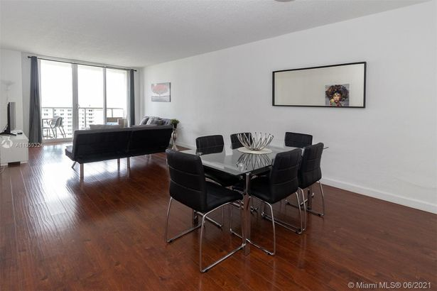 19370 Collins Ave #1603