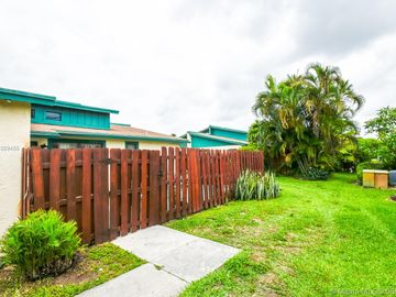 1068 Manor Dr, Palm Springs, FL, 33461,