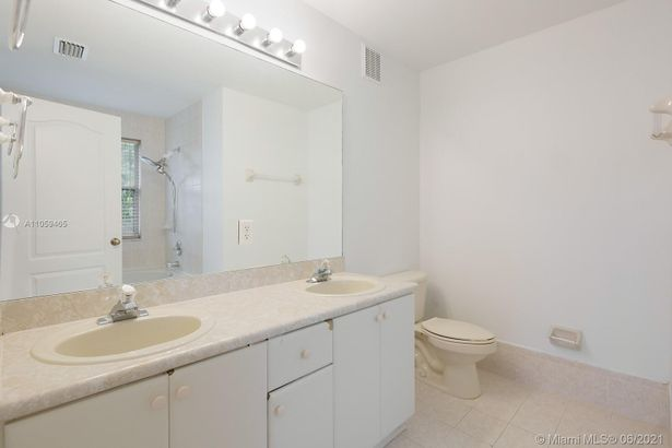 3863 SW 170th Ave #3863