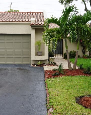 16855 Patio Village Ln Weston, FL, 33326