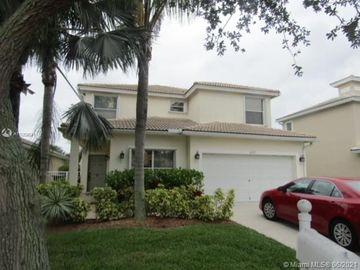 6825 Hendry Dr, Lake Worth, FL, 33463,