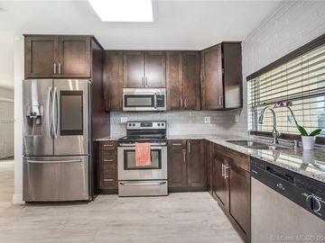 Kitchen, 8890 NW 11th St, Pembroke Pines, FL, 33024,