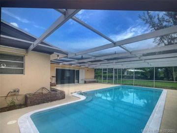 500 Santa Fe Rd, West Palm Beach, FL, 33406,