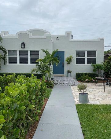 3540 SW 24th Ter Miami, FL, 33145