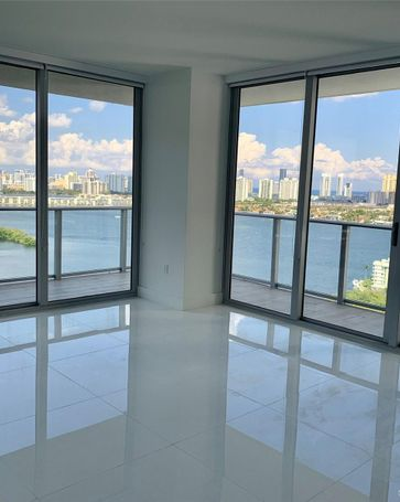 16385 Biscayne Blvd #2407 North Miami Beach, FL, 33160
