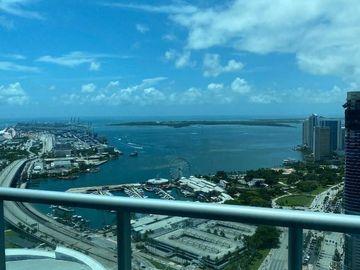 888 Biscayne Blvd #5101, Miami, FL, 33132,