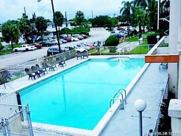 1430 NE 170th St #322, North Miami Beach, FL, 33162,