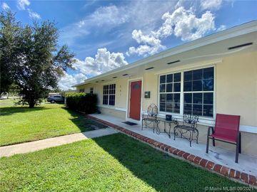 561 E Acre Dr, Plantation, FL, 33317,