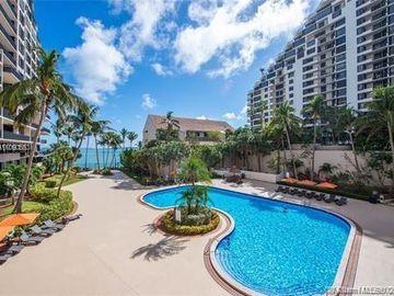 540 Brickell Key Dr #1802, Miami, FL, 33131,